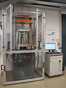 ZwickRoell modernisiert Prüfsystem der RWTH Aachen